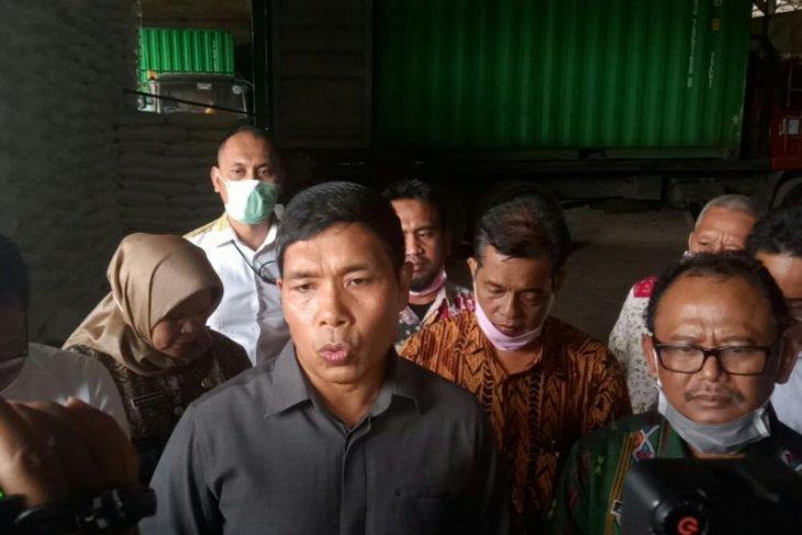Polda Sumut sidak gudang gula di Jalan Yos Sudarso Medan