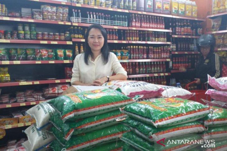 Pembelian sembako dan susu formula di Belitung meningkat