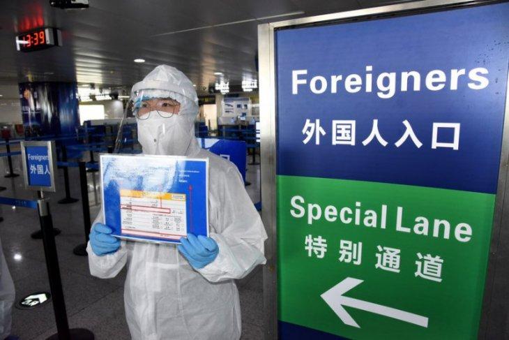 China laporkan 45 kasus impor COVID-19 dan satu lokal