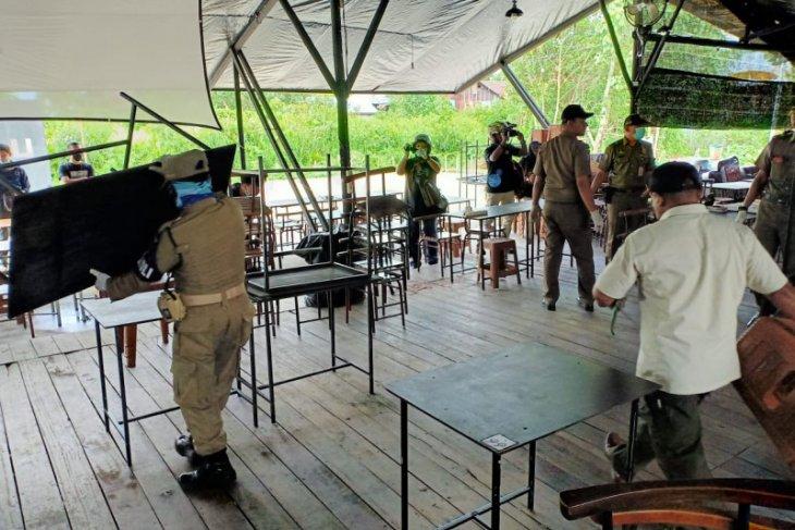 Satpol-PP Pontianak razia warkop dan kafe bandel cegah COVID-19