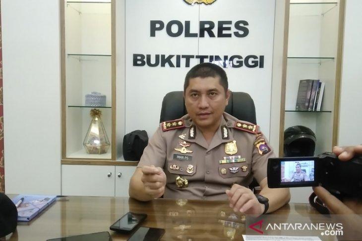 Polres Kota Bukittinggi tangkap tiga pelaku diduga aniaya balita hingga tewas
