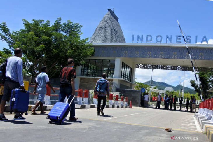 Indonesia curbs flight services to and imports from Timor Leste