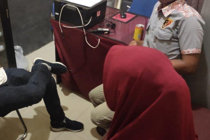 Prostitusi online merebak di Aceh Jaya, tiga pelaku ditangkap polisi