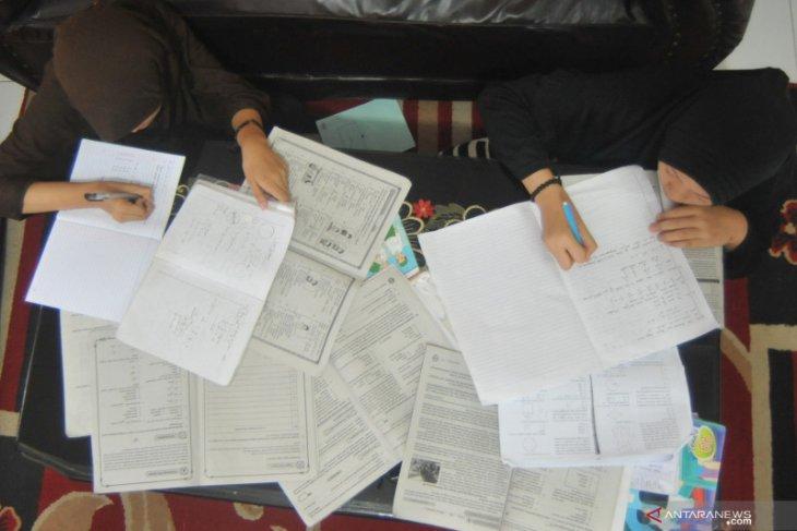 Libur sekolah terus diperpanjang, TVRI siarkan program belajar