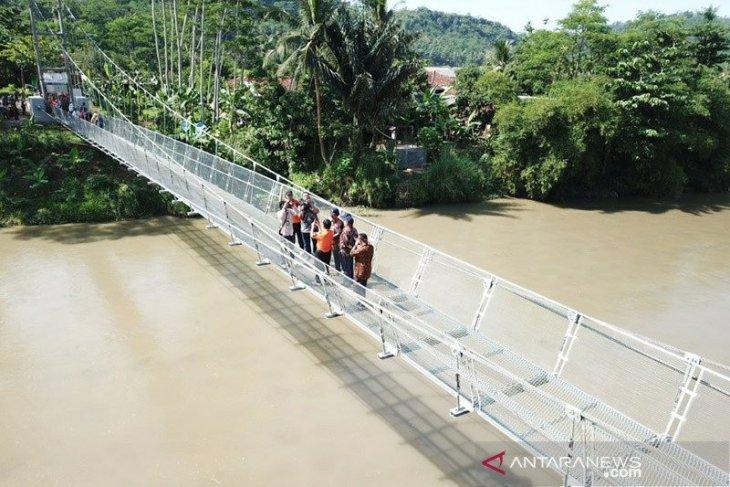 Kementerian PUPR selesaikan 120 jembatan gantung di sejumlah provinsi