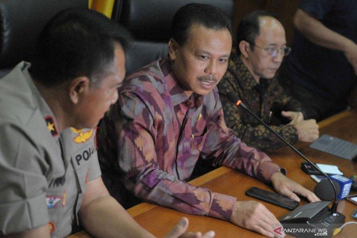 Sekda Bali imbau masyarakat batasi aktivitas di luar rumah
