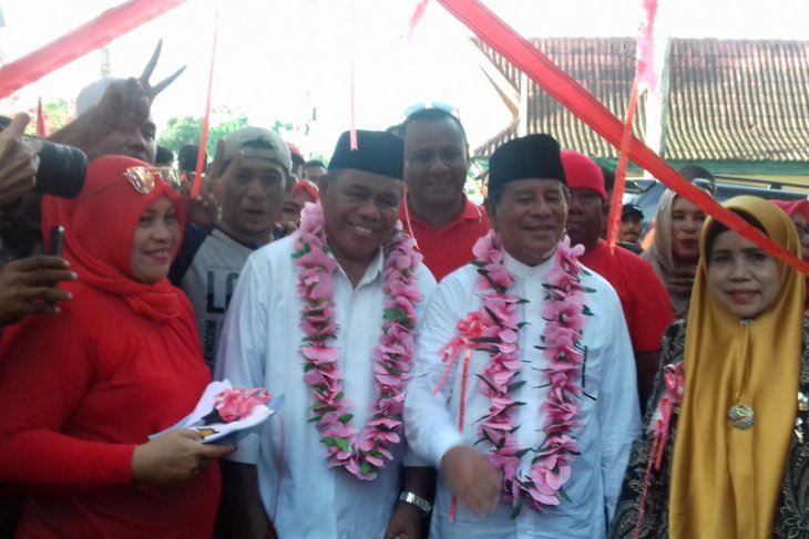 Gubernur-Wagub Malut saling maaf usai konflik pelantikan pejabat