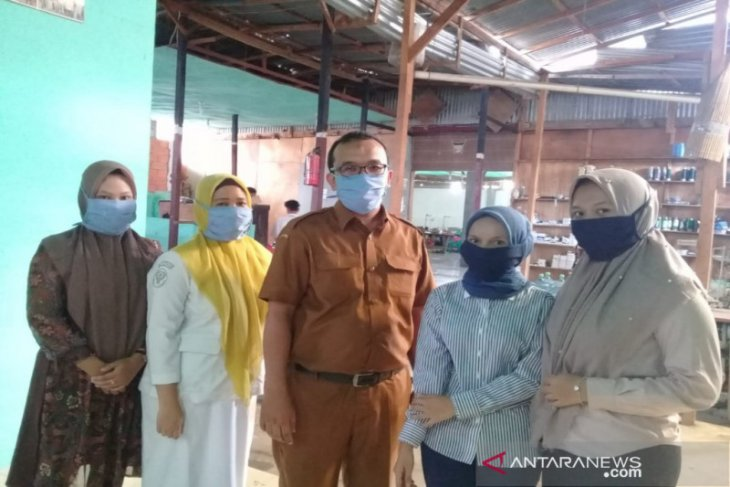 Hempang COVID-19, KKM produksi masker