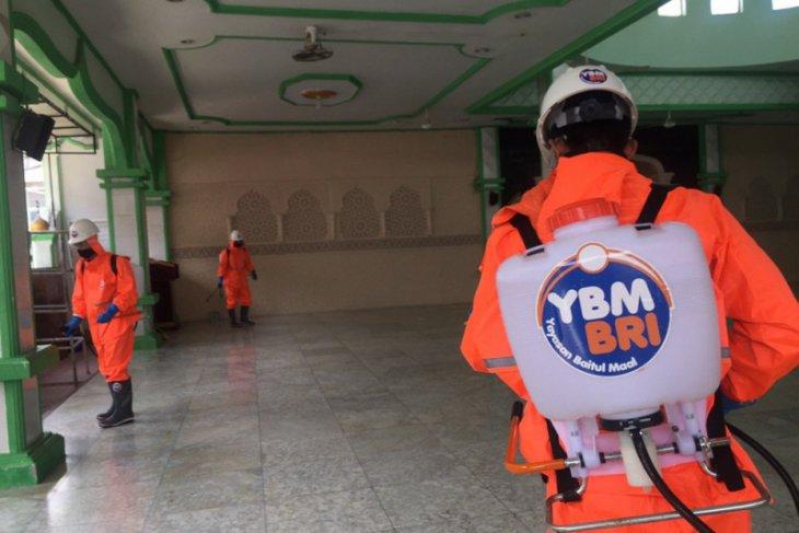 YBM BRI Aceh salurkan bantuan untuk sukarelawan gugus tugas COVID-19