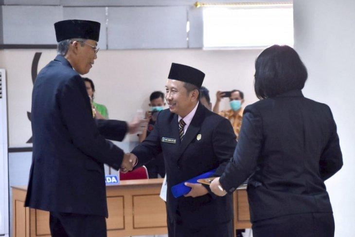 Heri Jambri resmi Wakil Ketua 2 DPRD Kabupaten Sintang