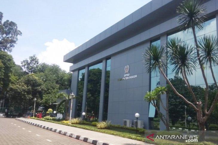 Kantor DPRD Kabupaten Bogor tetap buka dan terima tamu