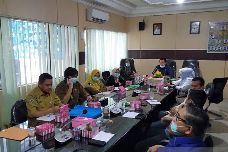 DPRD Banjarmasin rapat dengan Dinkes dan Disdik untuk kesiapan tangkal Covid-19