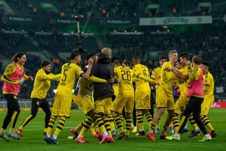 Dortmund  potong gaji pemain karena krisis corona