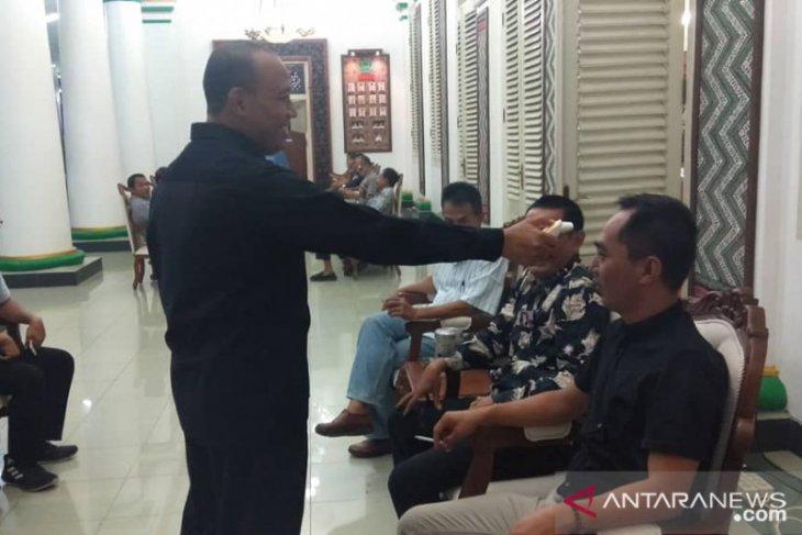 Patuhi instruksi pemerintah, Bupati Pamekasan batalkan resepsi pernikahan saudaranya