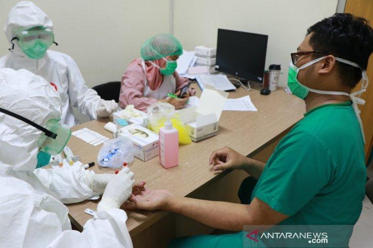 320 tenaga medis di Bogor jalani rapid test COVID-19