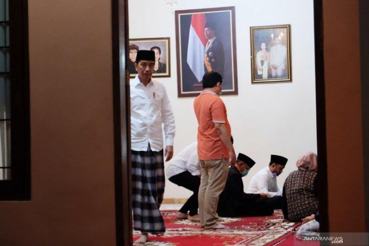 Cerita Pramono temani Presiden Jokowi yang sedang berduka