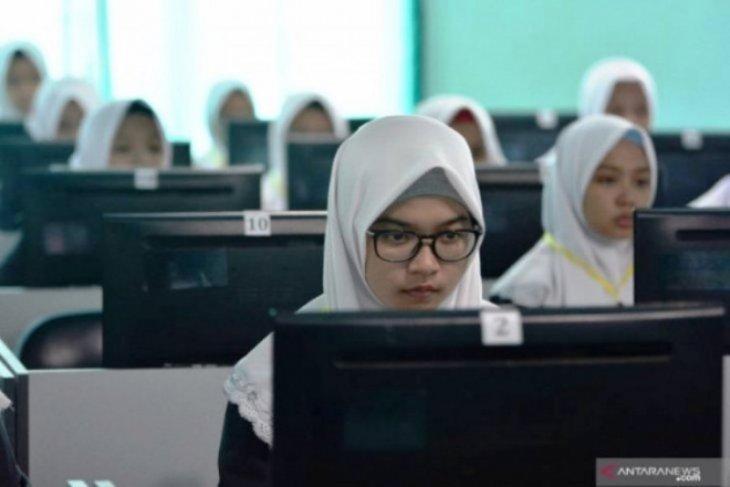 Dispendik Jatim tak masalah ujian nasional ditiadakan