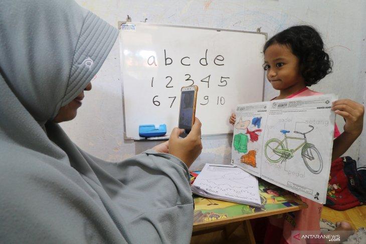 Perpanjangan belajar di rumah