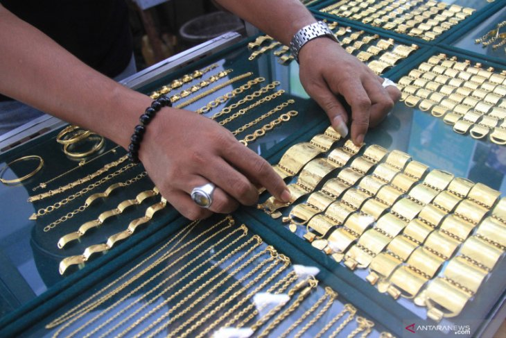 Harga Emas Hari Ini 08 Mei Naik Rp5 000 Per Gram Antara News Bengkulu
