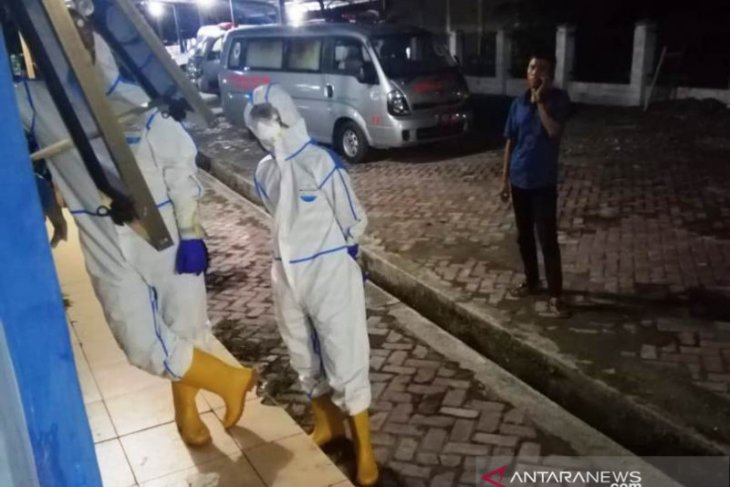 Sejumlah warga Aceh Utara dikarantina karena mandikan jenazah PDP COVID-19