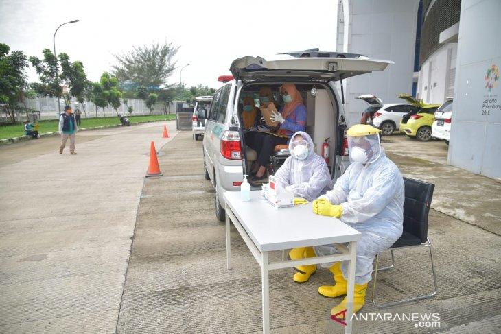 Rapid test 'Drive Thru' di Stadion Bekasi, 77 orang negatif Covid-19