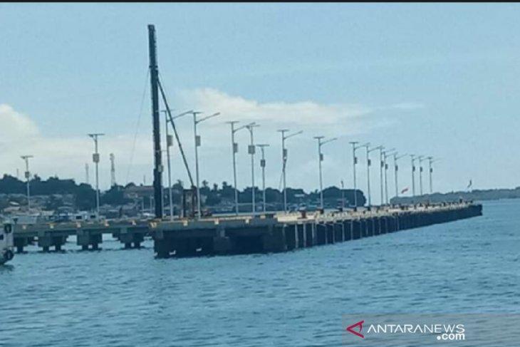 Passenger ships denied entry to Larantuka Port, East Flores