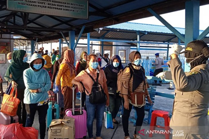 32,192 Indonesian migrant workers return from COVID-19-hit nations