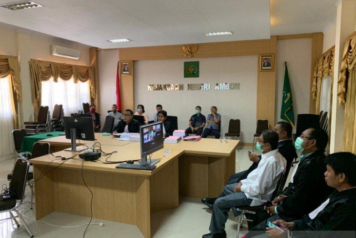 Hakim Tipikor  dan Jaksa di Ambon sidang online