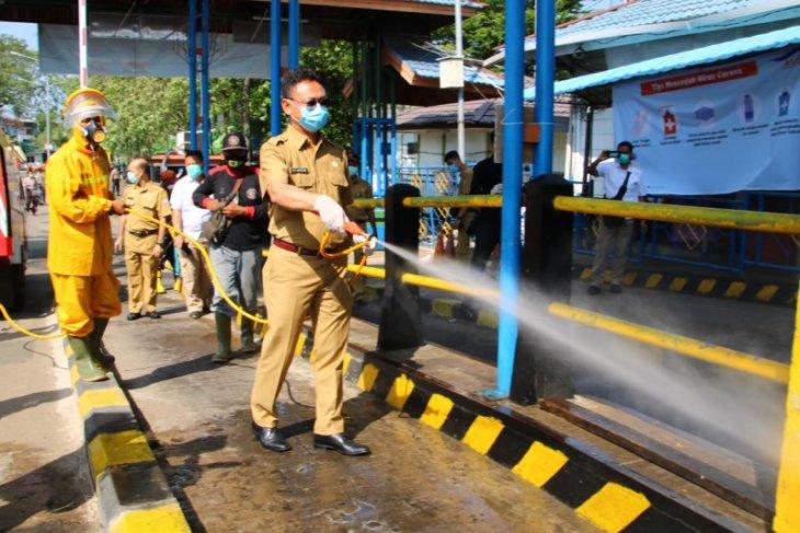 Sebanyak 1.500 personel lakukan penyemprotan disinfektan di Kota Pontianak
