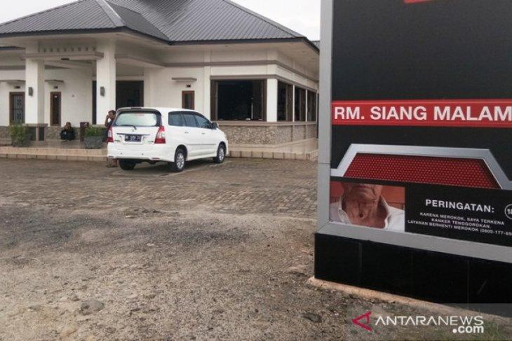 Omset turun tajam akibat COVID-19, RM Siang Malam Sipirok tutup sementara
