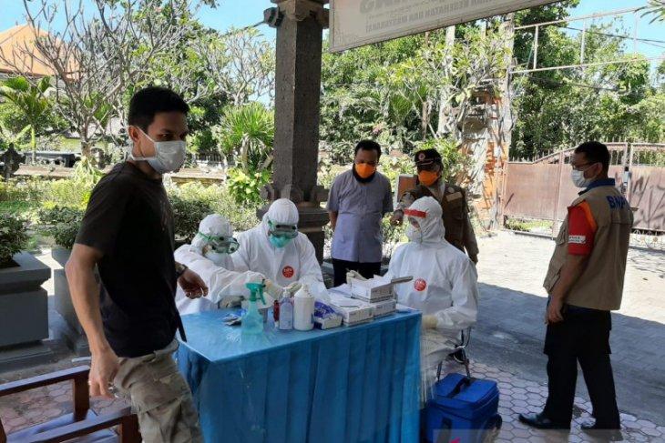 Satgas COVID-19 Bali bantah tudingan pekerja migran kelaparan