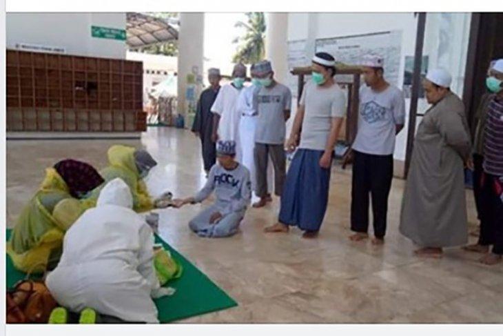 Dua kali rapid test, 24 orang jamaah tabligh di Bengkulu negatif COVID-19