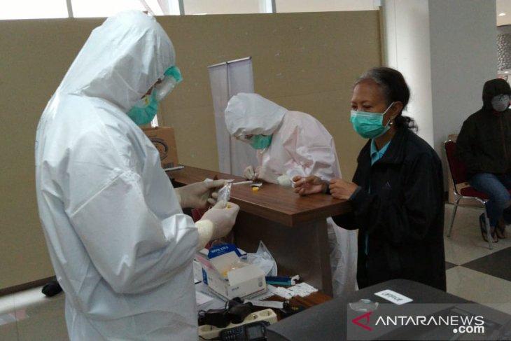 Jakarta Emergency Hospital treats 449 COVID-19 positive inpatients