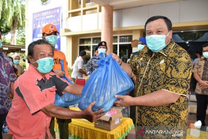 Pemkot Sibolga salurkan 3.000 paket sembako bagi warga terdampak COVID-19