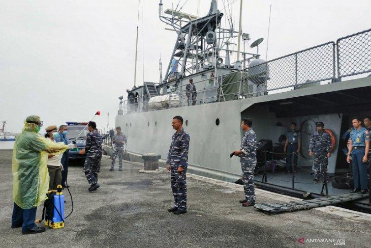 TNI Angkatan Laut  terus awasi