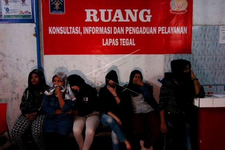 Pembebasan warga binaan Lapas Kota Tegal