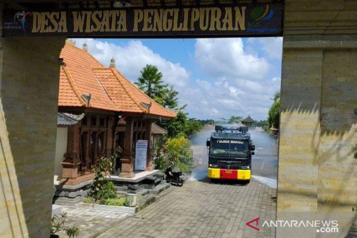 Desa wisata Penglipuran Bali telah disemprot disinfektan