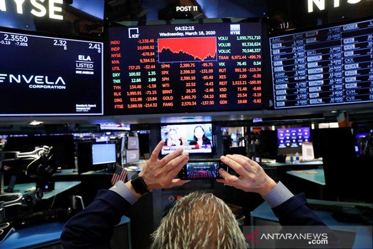 Wall Street melonjak setelah aksi jual pekan lalu