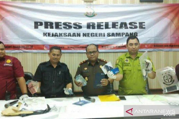 Pengadilan Tipikor jatuhkan hukuman berbeda tiga terdakwa korupsi di Sampang