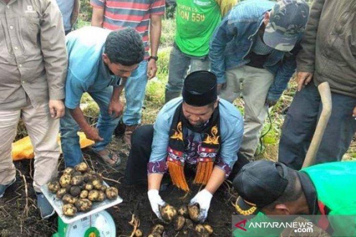 Bupati janji bantu modal menanam untuk ciptakan ketahanan pangan