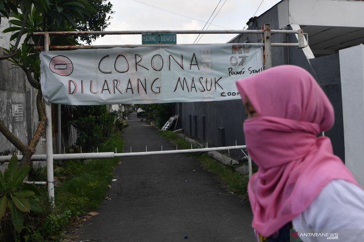 Karantina Wilayah di Surabaya
