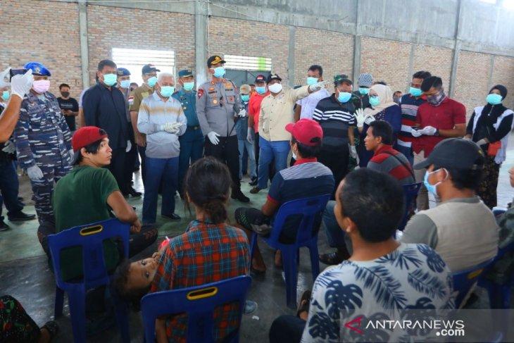 Tim Gugus Tugas COVID-19 Asahan periksa kesehatan TKI dari Malaysia