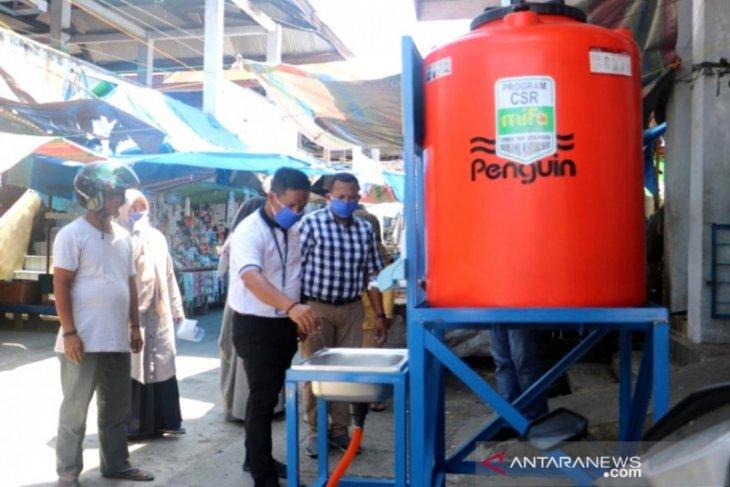 Mifa Bersaudara sebar alat pencuci tangan di Aceh Barat cegah COVID-19