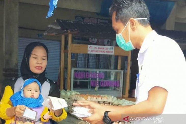 Sikapi wajib masker, Camat Daha Selatan instruksikan pemesanan untuk dibagikan gratis