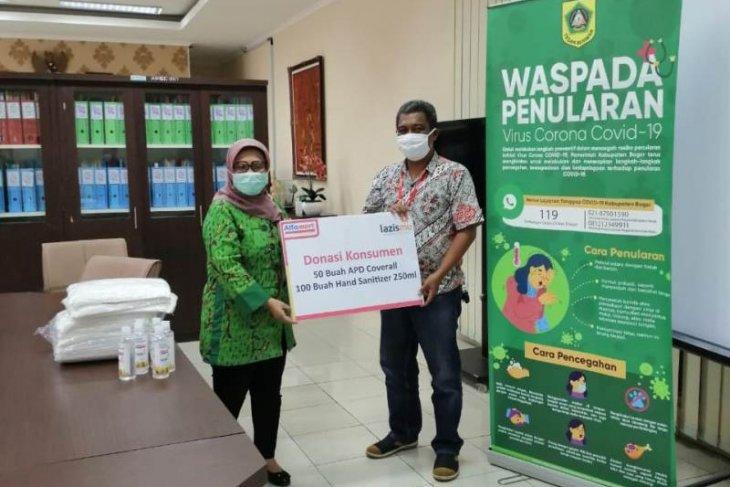 Dinkes Kabupaten Bogor terima bantuan APD dan hand sanitizer hasil donasi konsumen Alfamart