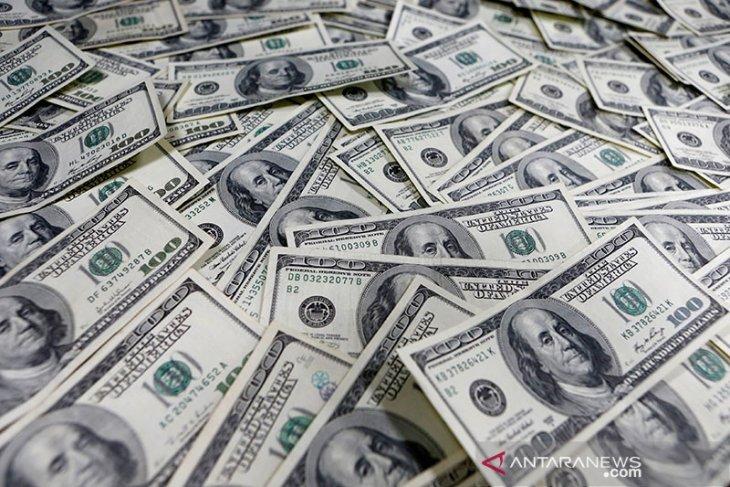 Dolar melemah ketika minat terhadap aset berisiko meningkat kembali