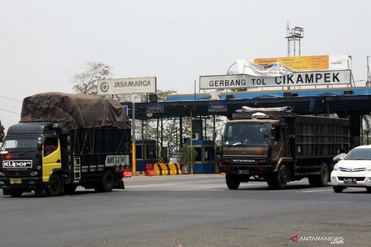Dishub Purwakarta pantau migrasi warga dari zona merah gunakan transportasi umum