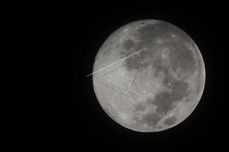 Bulan purnama perige