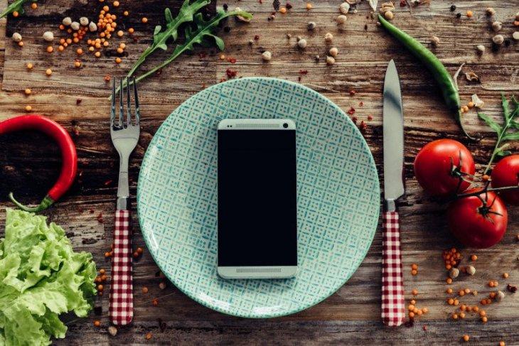 COVID-19 percepat transformasi bisnis online makanan ...