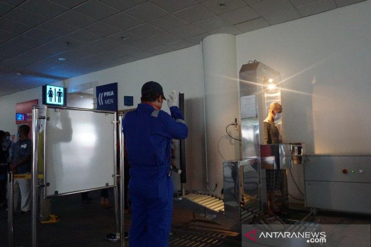 Seratusan TKI asal Malaysia tiba di Bandara Internasional Kualanamu
